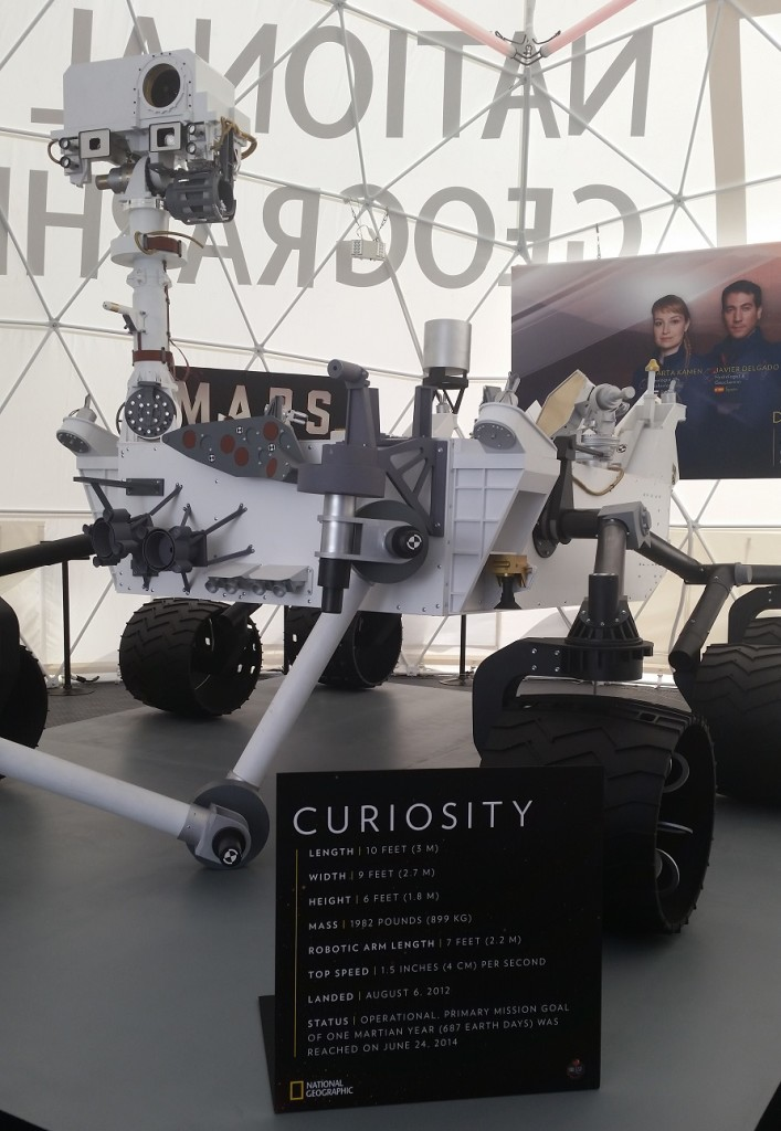 i-met-curiosity-the-mars-rover-4